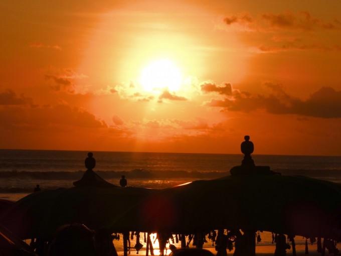ラ プランチャ( La Plancha)からの夕陽