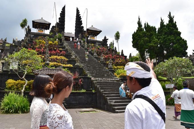 ブサキ寺院お参り体験のメインの場所