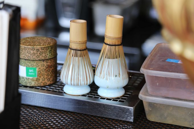 バリ島アヤナリゾート&スパバリのTSUJIRIに置いてある茶筅