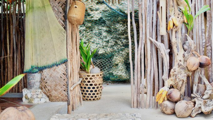 バリ島アヤナのクブビーチクラブの装飾品