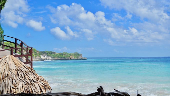 バリ島アヤナのクブビーチクラブから眺める絶景