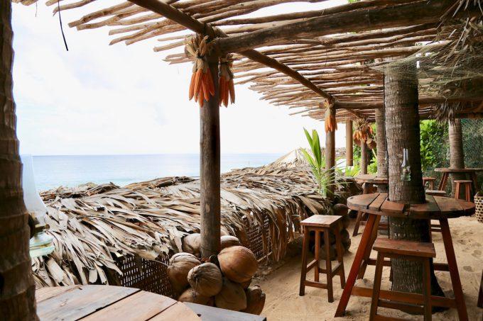 バリ島アヤナのクブビーチクラブの店内