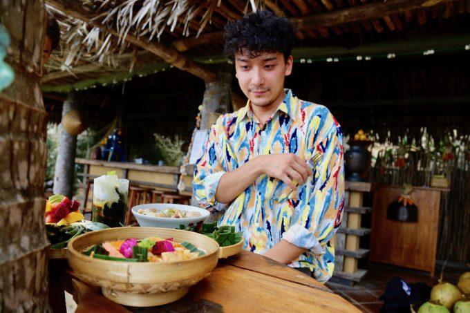 バリ島アヤナのクブビーチクラブの料理