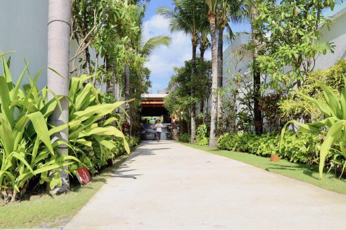 バリ島ザ・サマヤスミニャックの通路
