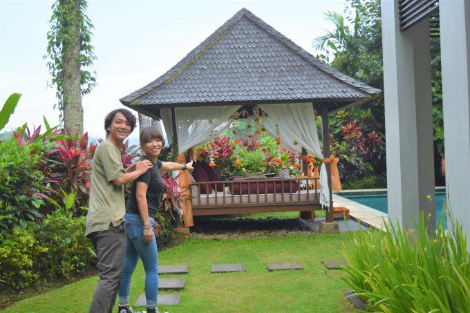 バリ島ザ・サマヤウブドのお庭のガゼボ