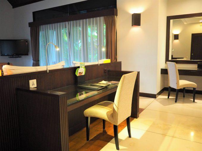 バリ島ザ・サマヤウブドの部屋