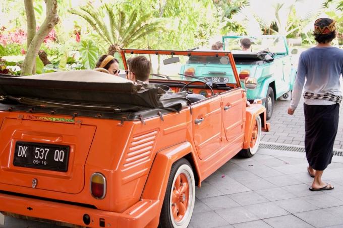 バリ島パドマリゾートウブドのクラシックカー